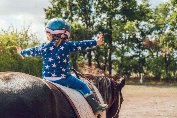Saddle creek äventyr för barn